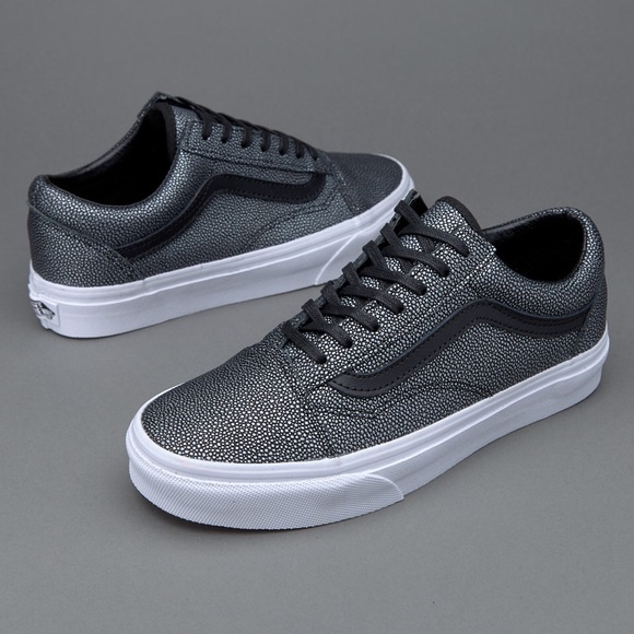 5169217b8d735d Vans Old Skool Black Embossed Stingrays