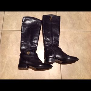 Tory Burch Shoes - ☘ Tory Burch boots size 4.1/2