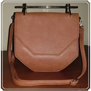 Hester Crossbody Brown