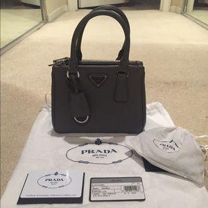 bf3919ca516a2e Prada Bags - NEW Prada MINI Tote (perfect holiday gift) ❤️