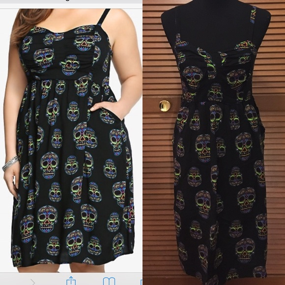 Torrid plus size sugar skull dress 0X black