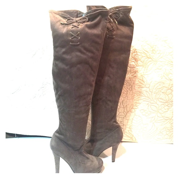 dac81551f23 NWOT Gray suede thigh high boots with zipper
