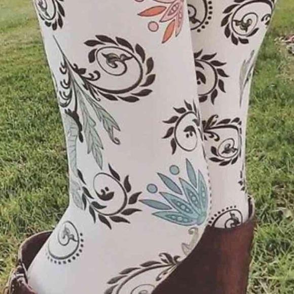 a4b9aa54299d3 LuLaRoe Pants | Paisley Winter White Leggings Nwt | Poshmark