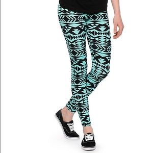 PacSun Pants - Tribal Print Leggings