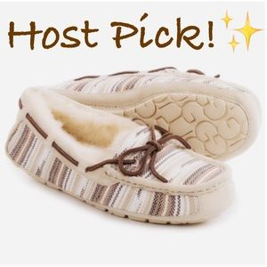 UGG Shoes - ✨NIB✨ Ugg Australia Tan Serape Moccasin Slippers