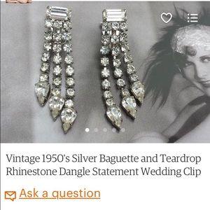 Vintage Jewelry - Vintage 1950's dangle rhinestone earrings