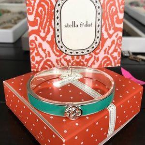 Stella & Dot Jewelry - Stella & Dot bangle