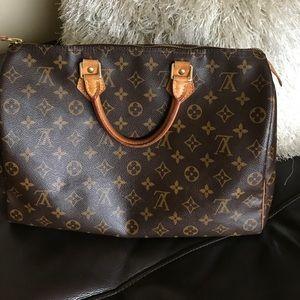 Louis Vuitton Speedy 35 AUTHENTIC