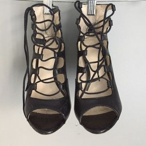 Zara Shoes - ZARA black leather lace up 👠 heels size 6