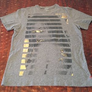 Express Men's Large Graphic Tee
