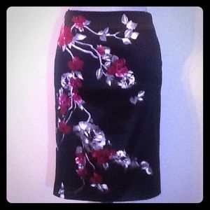 White House Black Market Dresses & Skirts - 🎉 WHITE HOUSE BLACK MARKET 🎉Pencil Skirt Size S