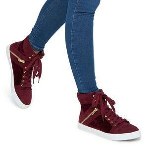 Shoedazzle  Shoes - Adorable High Top Shoes