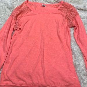 Tops - Victoria secret shirt