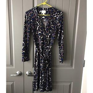 Donna Morgan Dresses & Skirts - Donna Morgan Faux Wrap Dress