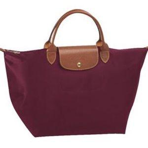 Longchamp Handbags - Longchamp Le pliage medium w short handles