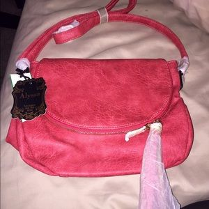 Handbags - ❗️SALE❗️fashion leather bag NWT