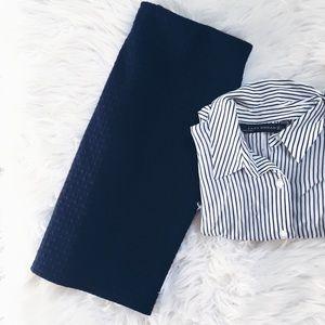 LOFT Dresses & Skirts - ℓσfт • navy ĸnιт ѕĸιrт