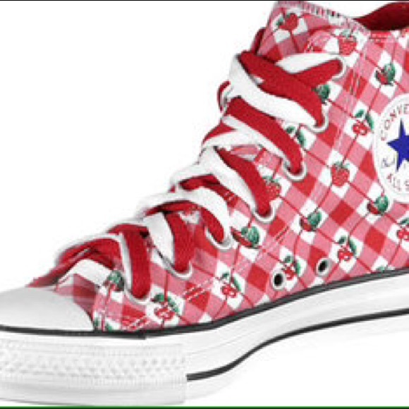 14fbe2db5fd7 ISO   Converse Cherry Strawberry High Tops