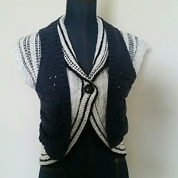 Anthropologie Jackets & Blazers - $5 Bundled - Anthro Knitted Sweater Vest Small