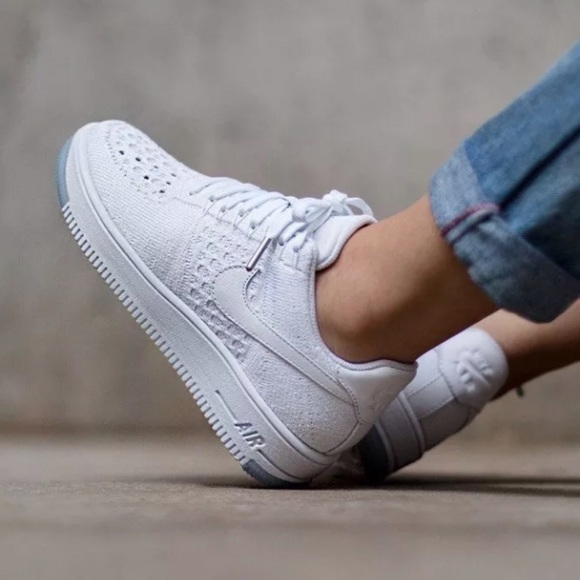 competitive price 51d69 7b9a3 Women's Nike Air Force 1 Low Flyknit Low Sneakers