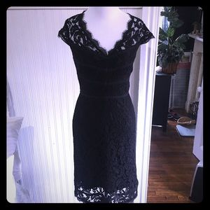 Adrianna Papell lace cap sleeve dress, size 6.