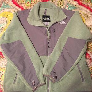North Face Women's Denali fleece jacket Small