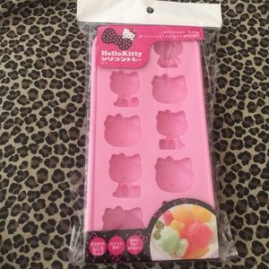 Other - Hello Kitty silicone tray