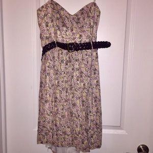 Dresses & Skirts - Floral Strapless Dress