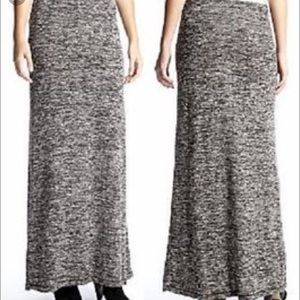 Sophie Max Dresses & Skirts - Sophie Max Jersey Sweater Maxi Skirt