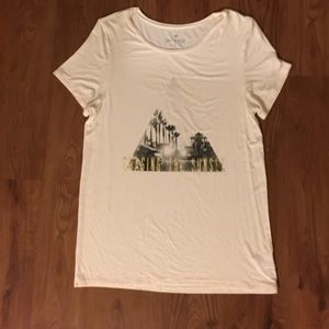 American Eagle Outfitters Tops - American Eagle - soft and sexy graphic tee