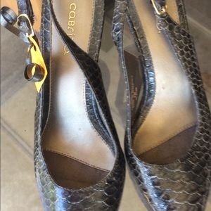 Cabrini Shoes - 🎉Sale🎉Cabrini Brown Snake Skin Look Shoes
