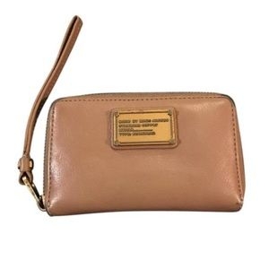 Marc by Marc Jacobs Handbags - Marc by Marc Jacobs tan wristlet wallet