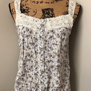 Passport Tops - Floral & Lace Tank