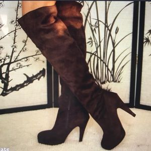 Shoes - Brown Over The Knee Boots