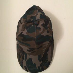 Camo Accessories - Camo Army print Hat
