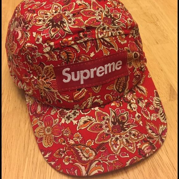 Supreme Red Floral Adjustable SnapBack Hat. M 586f1e60f0137dcbce01a6b8 dac15d3b59d