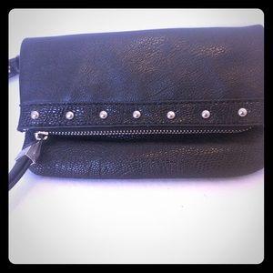 Jennifer Lopez Handbags - JENNIFER LOPEZ Wristlets Black Small Lots Pockets