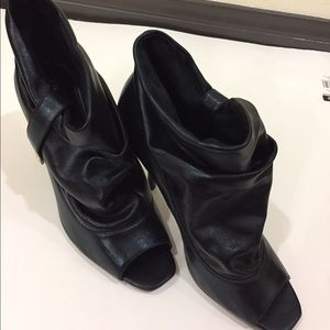 fabulosity Shoes - Shoes