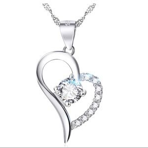 SILVER VALENTINE HEART W/ CHAIN & AAA CZ
