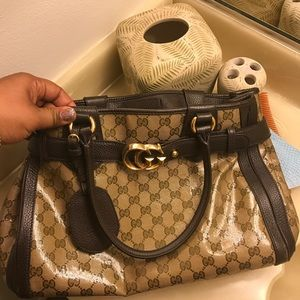 FIRM Authentic GUCCI purse FIRM