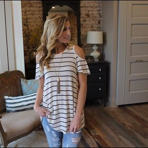 Tops - Ivory and black two tone cold shoulder tunic