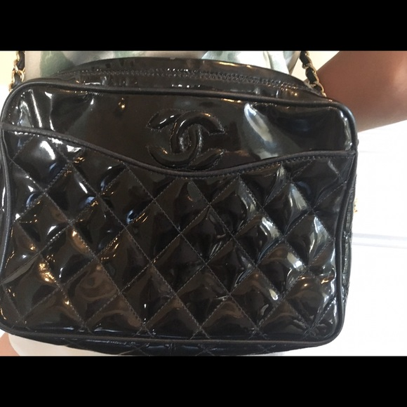 58dbaa19f1d3 CHANEL Handbags - Authentic Chanel patent leather camera bag