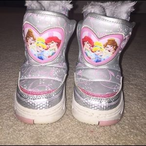 Disney Other - Girls Disney Princess snow boots