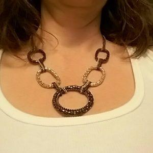Jewelry - Shiny neclace