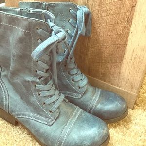 Shoes - Light blue/gray combat boots