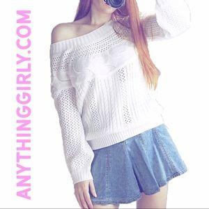 Sweaters - White sweater