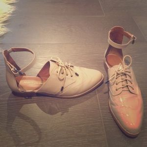 Rebecca Minkoff flat, blush Patton leather brogues