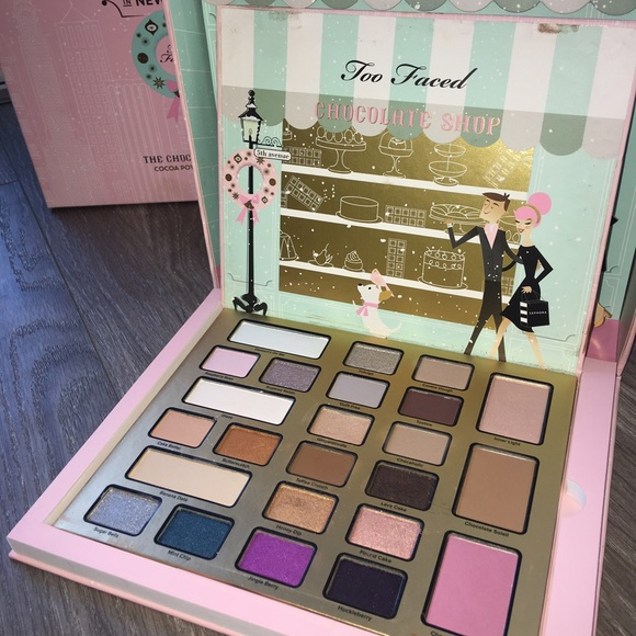 Too Faced Makeup Christmas In New York Palette Poshmark