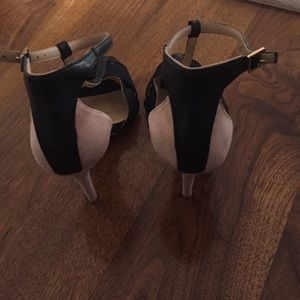 Two toned heels!