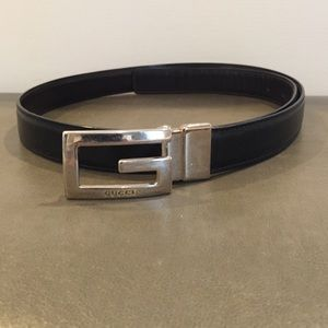 01b259a8f16 Gucci Accessories - Gucci reversible belt